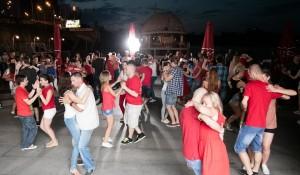 Питання, які ставиш собі перед тим, як піти танцювати